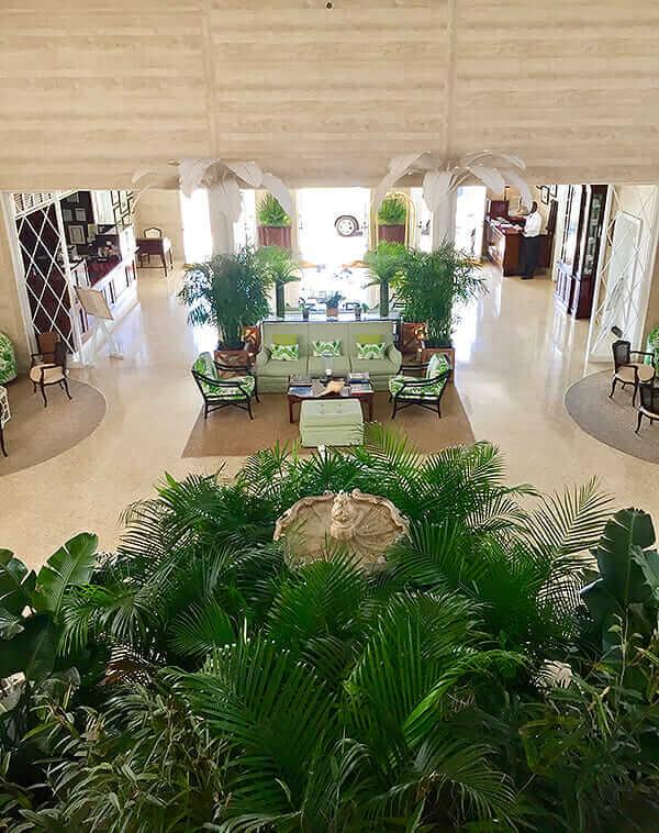 Lyford-Cay-Grand-Foyer