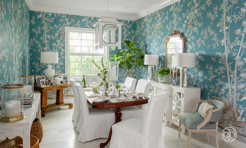 Elegant Chinoiserie Dining Room-01
