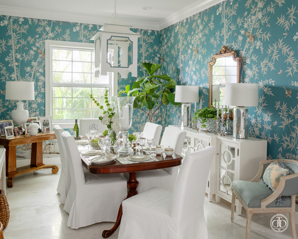 Elegant Chinoiserie Dining Room-02
