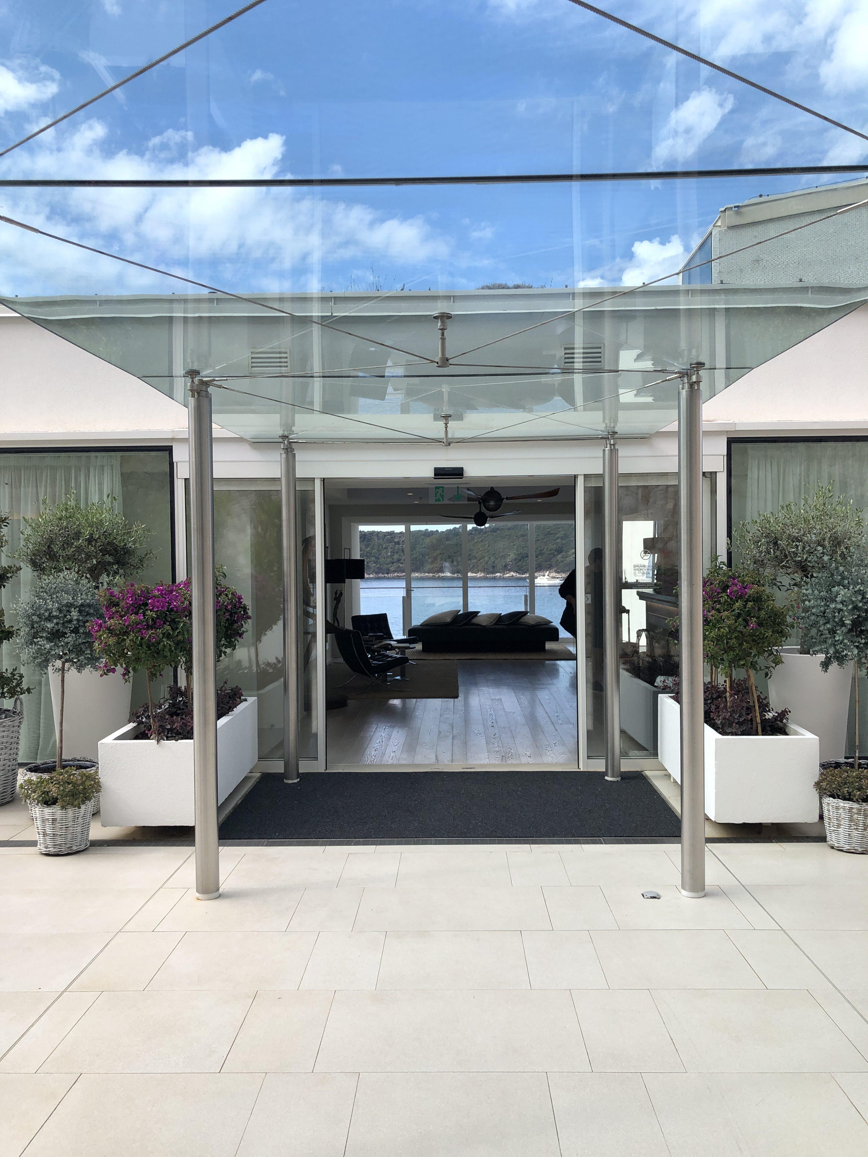 Villa Dubrovnik Entrance - 5 Star Hotel