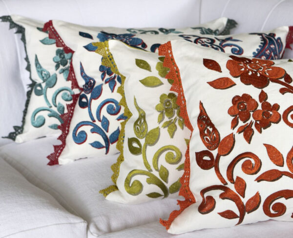 Tracy Dunn Design - Floretta Paisley - Rouge Cushion